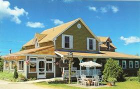 Tamarac Island Inn