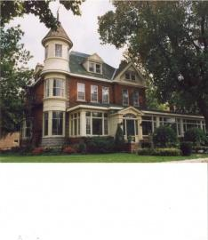 Butchart Estate Bed & Breakfast