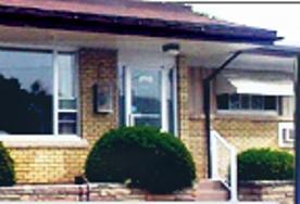 Canadiana Motel & Fitness Centre